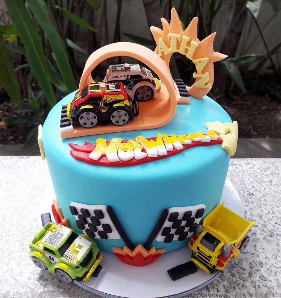 Hot Wheels Fondant Cake By Slices